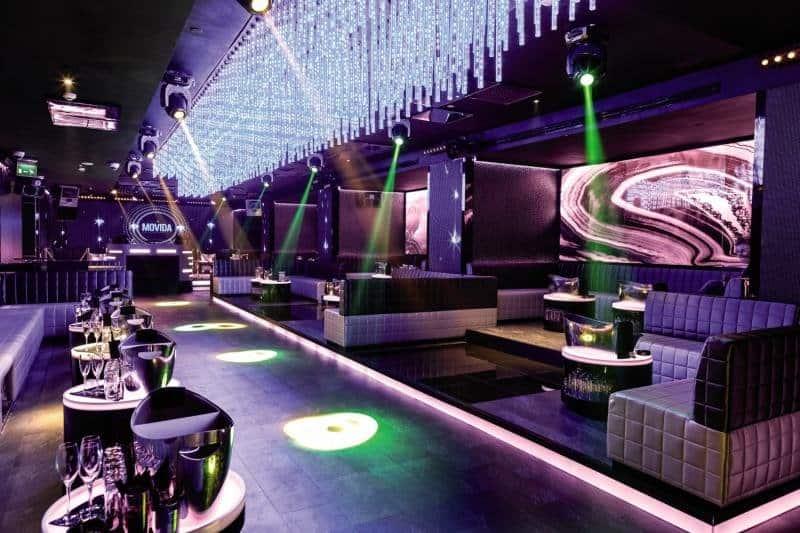 Hoteleigener Club im zentralen 5 Sterne Hotel