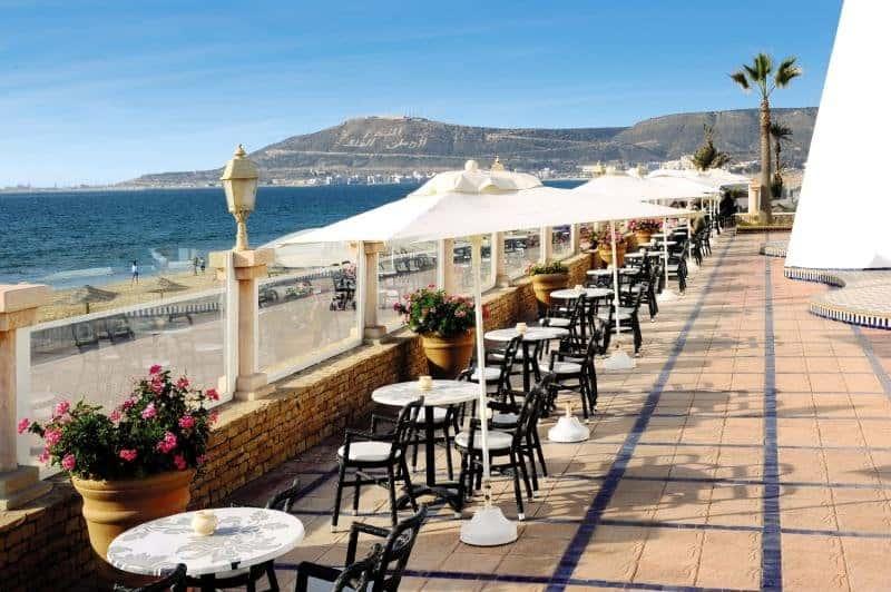 Terasse vom LABRANDA Amadil Beach für einen All Inclusive Urlaub Billig in Marokko für Langzeitreisen Ideal !