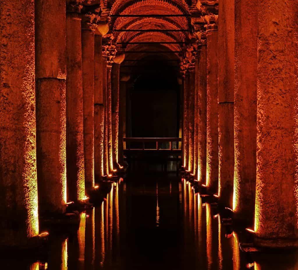 Geheimnisvoller Ort Cisterna Basilica