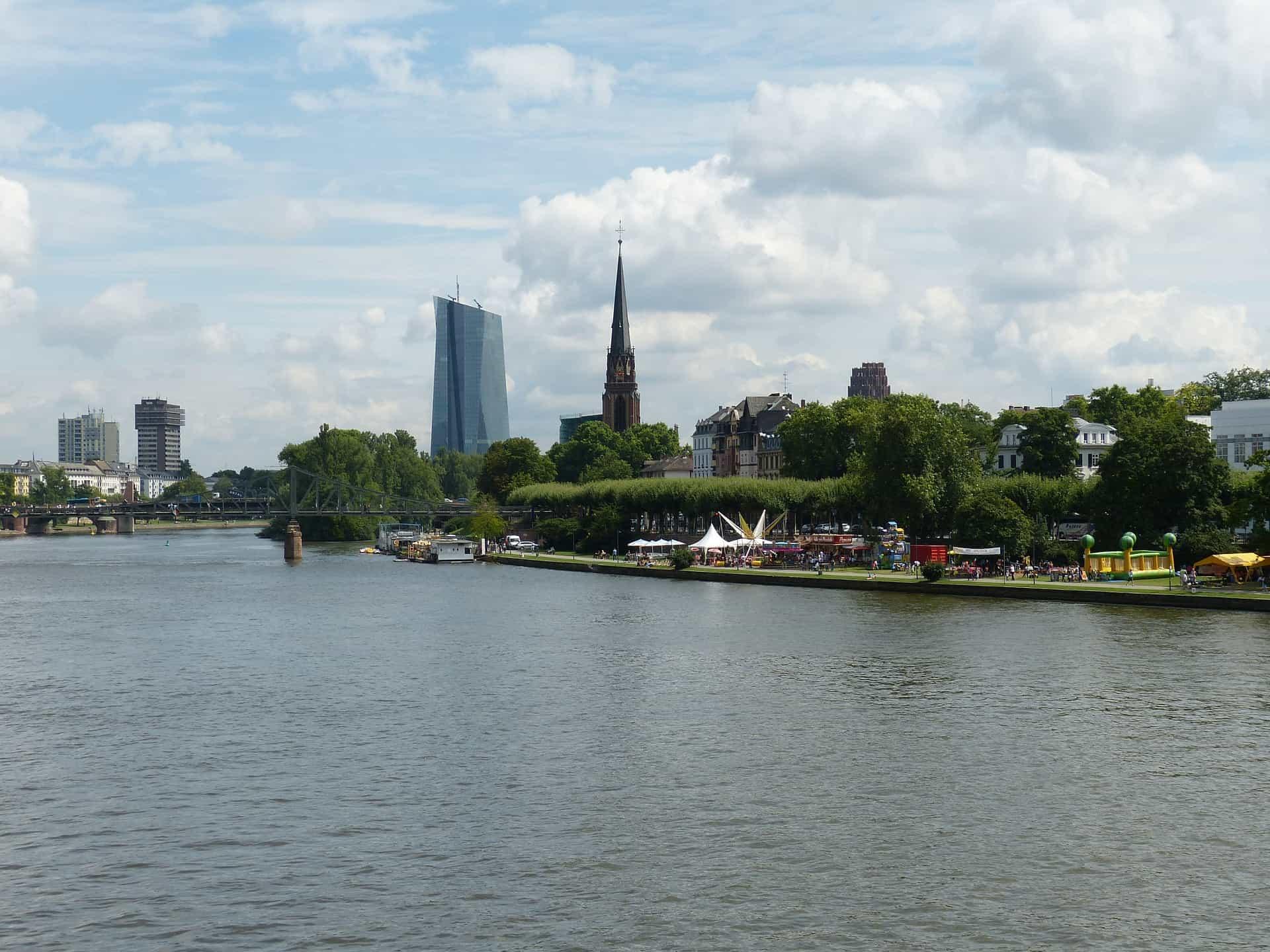 Mainhattan : Frankfurt Städtereise 3 Tage nur 54,99€   Wellness 1