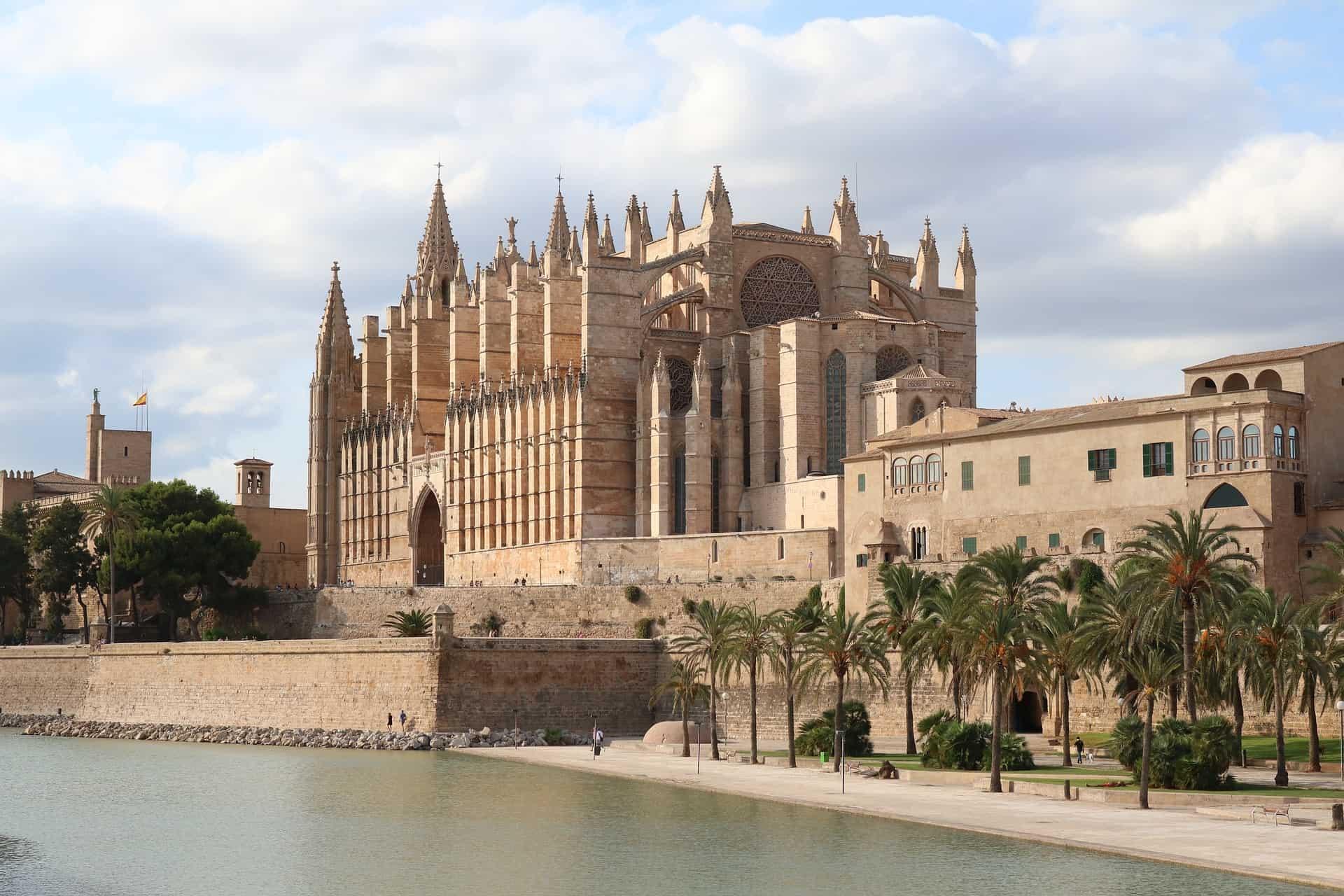 Städtetrip nach Palma zum Schopping Sightseeing & das Aquarium entdecken