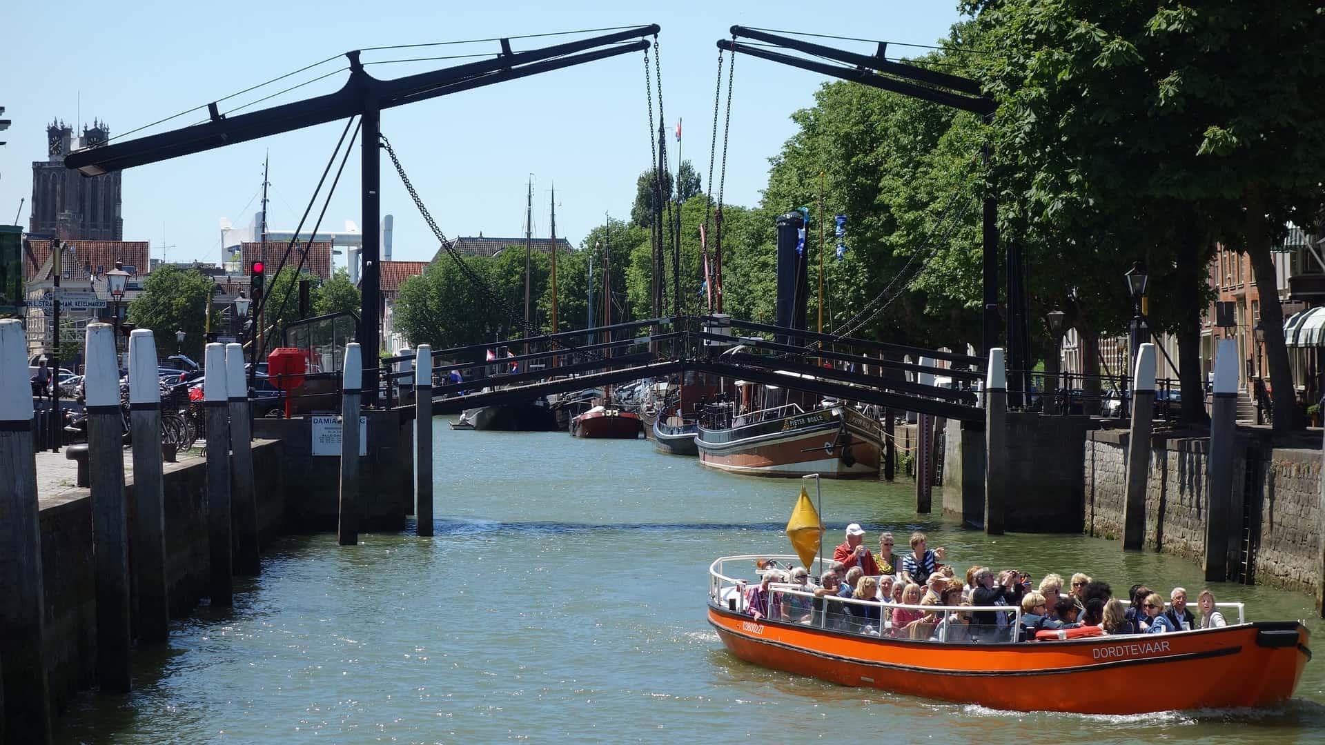 Zenrales Hotel in Dordrecht zum Bestpreis