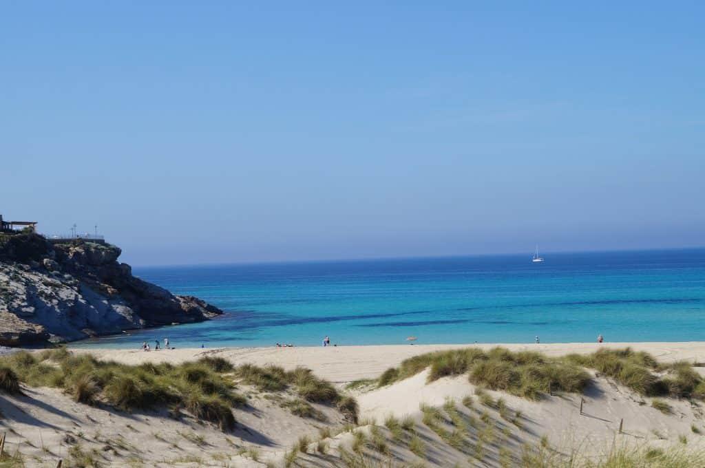 Cala Mesquida - Traumhafter Sandstrand für alle die entspannen wollen