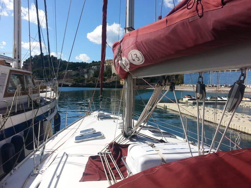 Segelboote kann man schon ab 150,00€ für einen Tag mieten