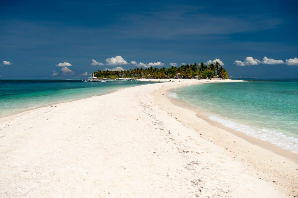 Urlaub in den Philippinen am Strand