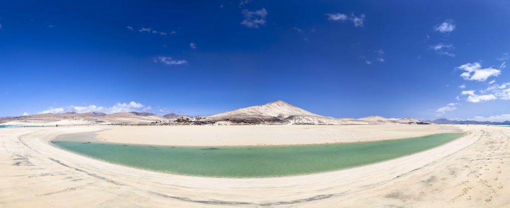 sotavento-lagoon-fuerteventura