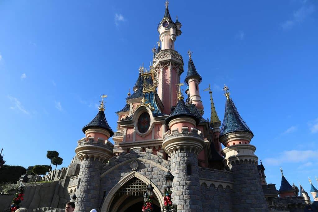 Das berühmte Schloß aus Paris - taucht ein Wochenende mit euren liebsten & ein Sorglospaket in die Märchenwelt