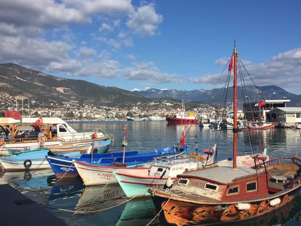 Hafen des alten Fischerortes Alanya