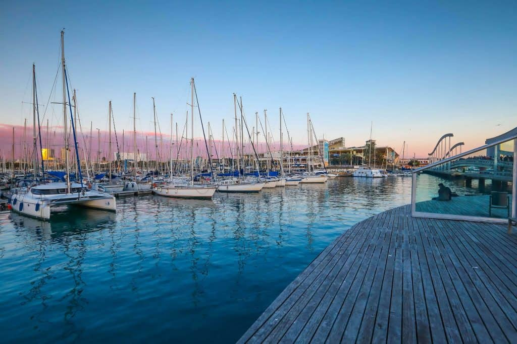 Hafen von Barcelona - Marina Beach ich empfehle jedem eine Bootstour durch die Stadt