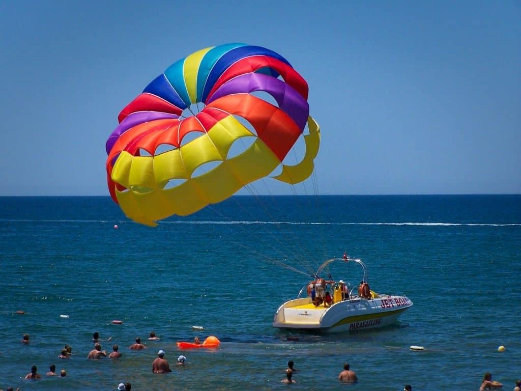 Paragliding ist an der türkischen Riviera überall vertreten, egal an welchem Abschnitt man sich befindet