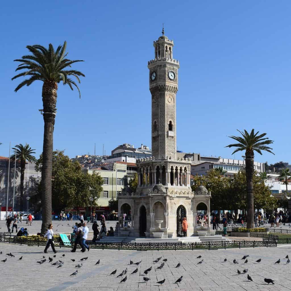 Izmir Flug - nur hin & zurück 82,48€ | Türkei Flüge Billig 1