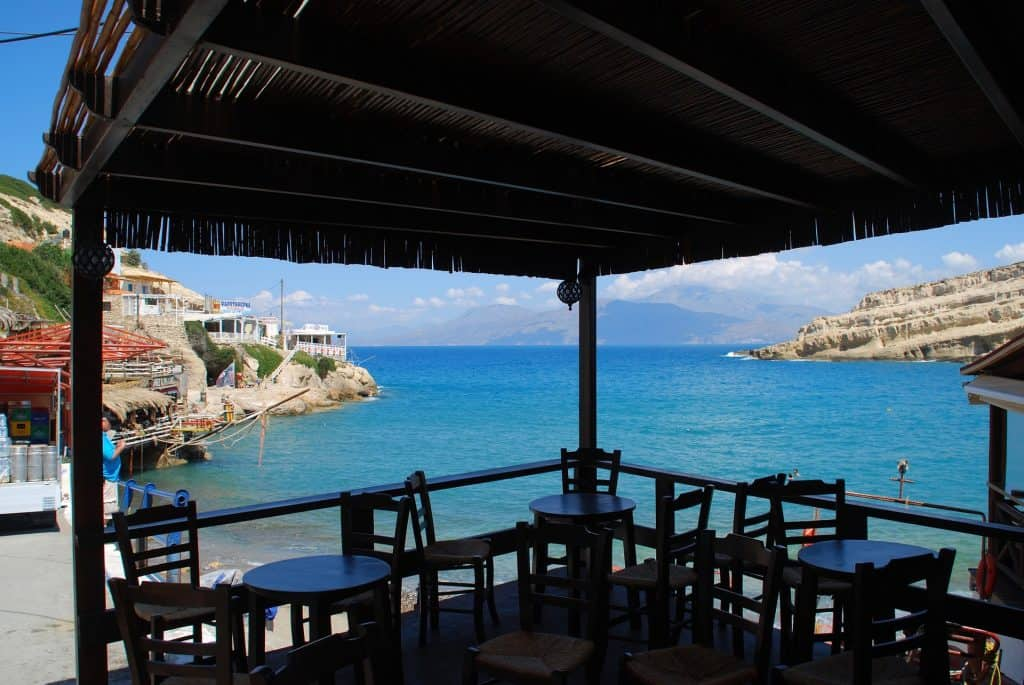 Tavernen in einer Traumhaften Kulisse erwarten euch an den Buchten von Heronissos Beach - Chersonissos