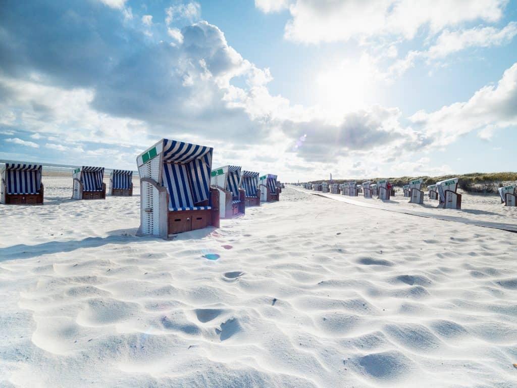5 Badestrände findet Ihr auf der Insel mit feinem weißen Sandstrand
