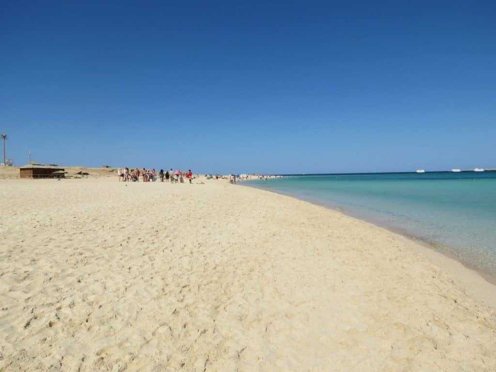 Feine Sandstrand Hurghada eine Woche direkt neben der Mall in einem Red Sea Hotels