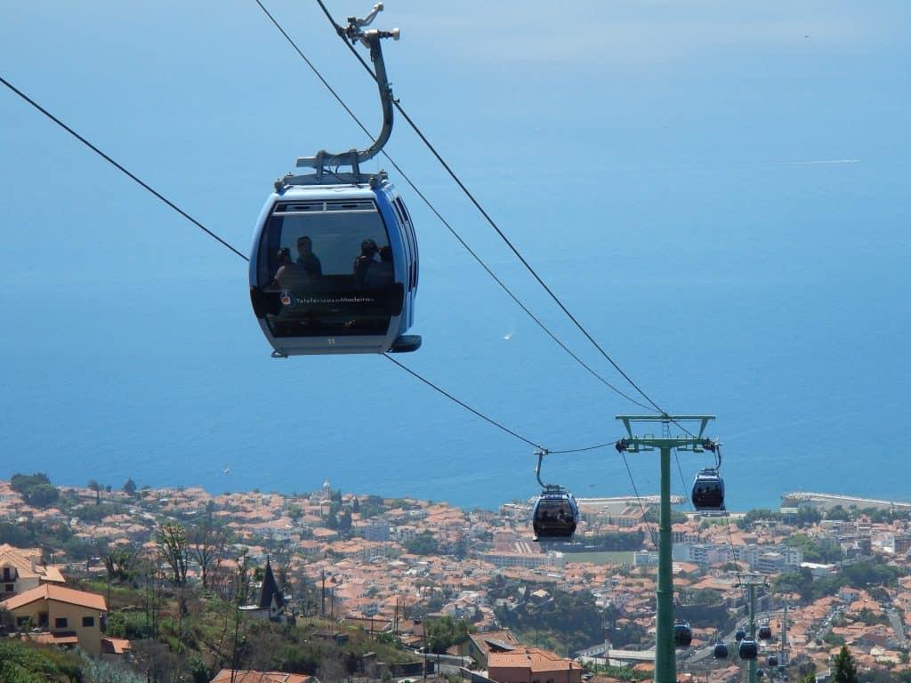 Seilbahn von Funchal Stadt zu einem atemberaubenden Aussichtspunkt