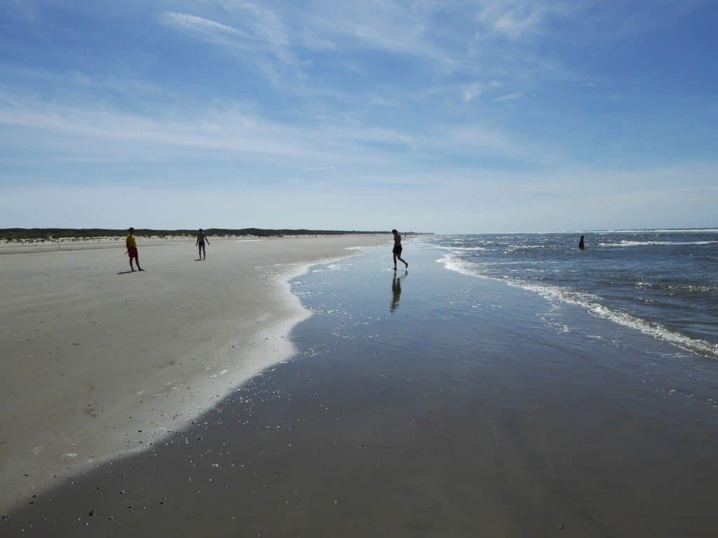 Strand der Insel Wattenmeer genießen - ostfriesische Inseln