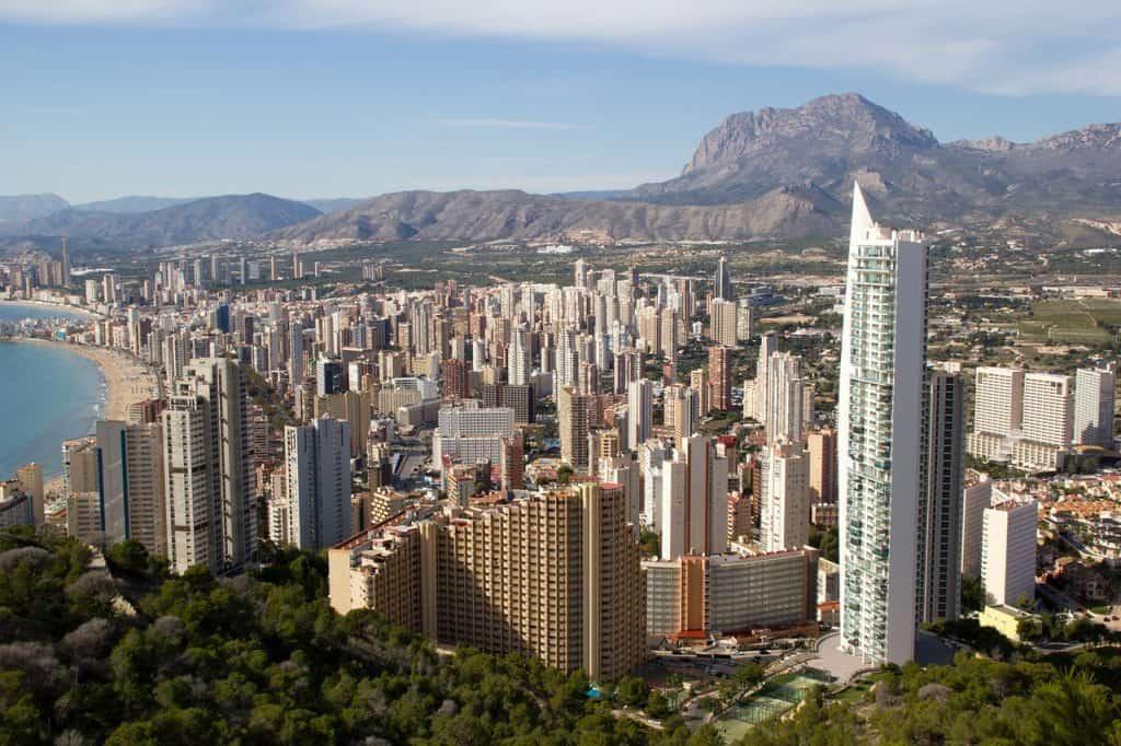 Über 330.000 Einwohner leben in der Stadt - Städtereise Alicante an der Costa Blanca