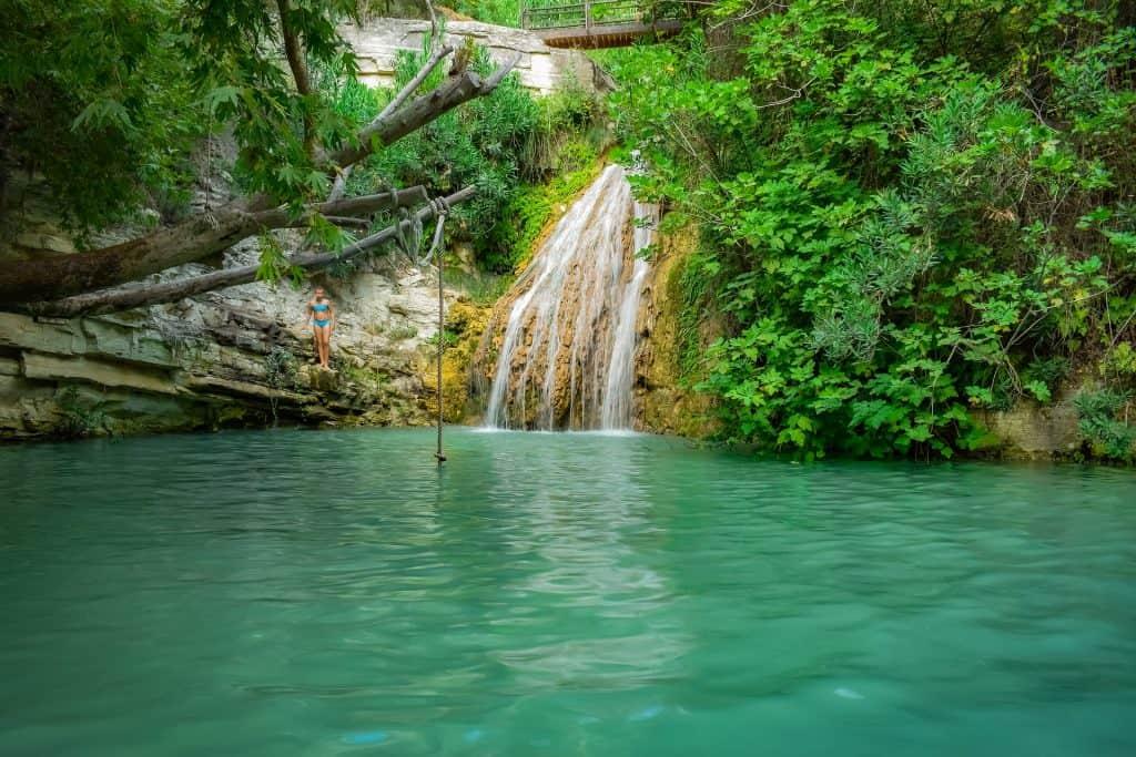 Wasserfall im inneren der Insel
