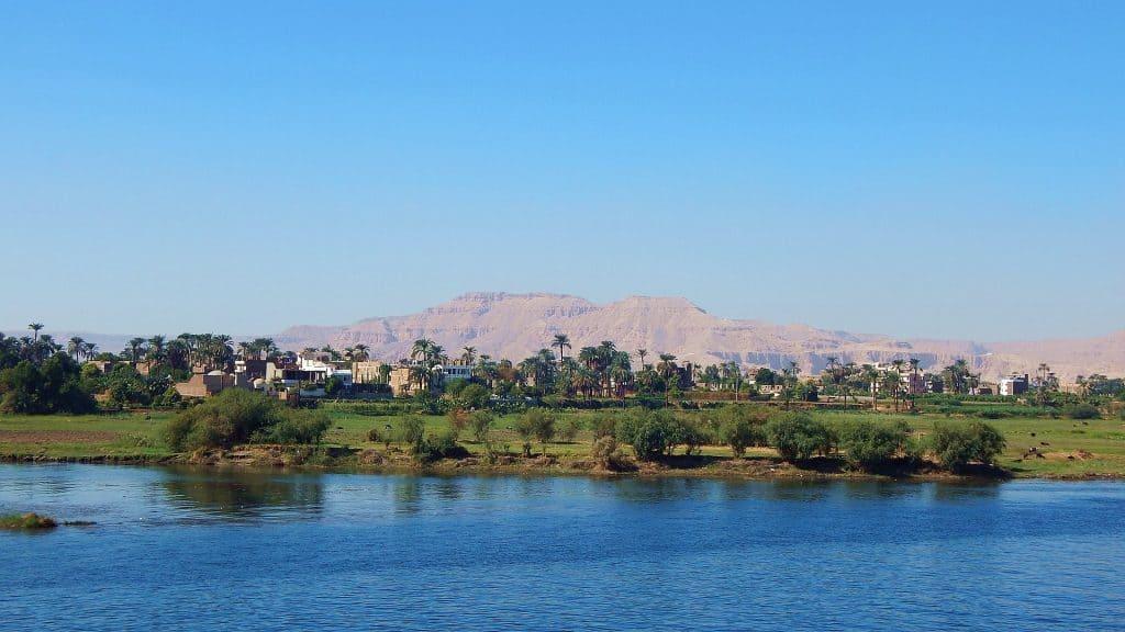 Luxor von hier startet die Flusskreuzfahrt