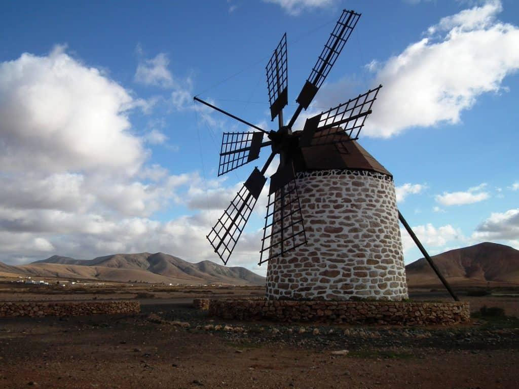 Auch hier findet man zahlreiche Mühlen im Landesinneren