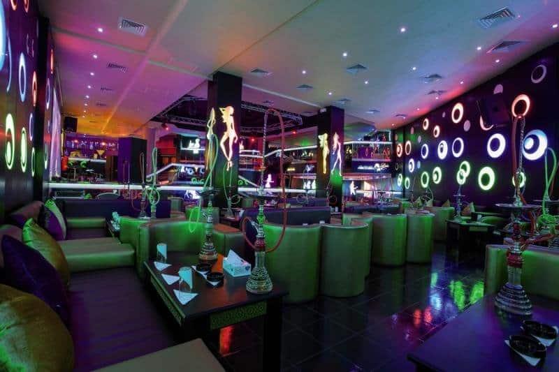 Der Hoteleigene Club zieht auch Gäste von ganz anderen Unterkünften an