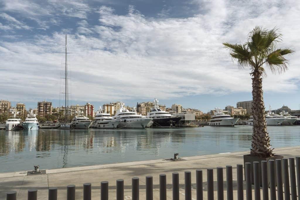 Städtetirp Barcelona Hotel außerhalb zum Tiefpreis