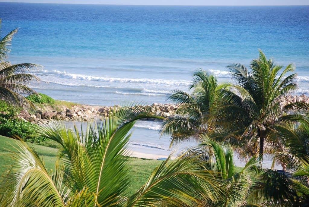 Touristen Zentrum ist Montego Bay die Nordküste des Landes