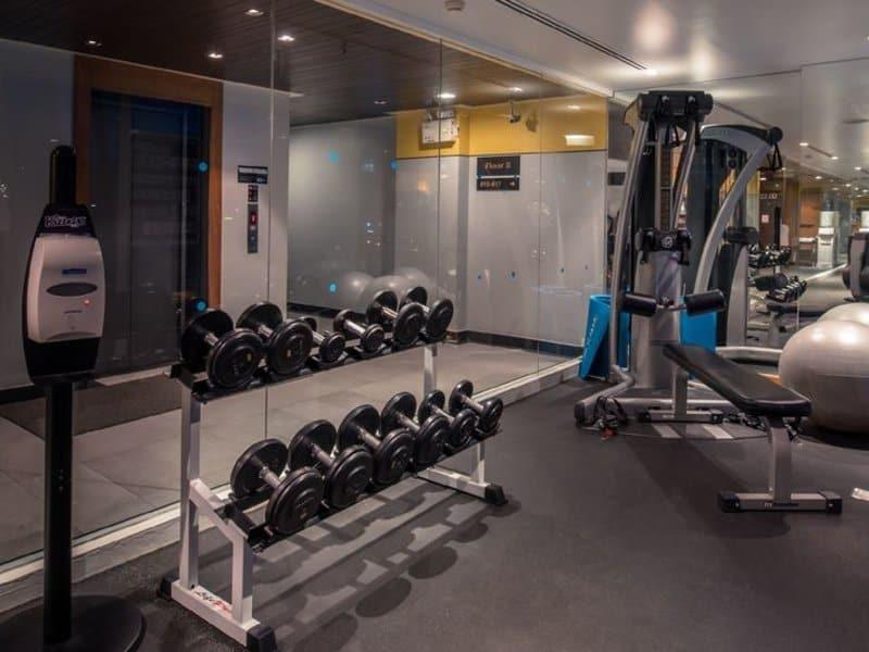 Das gute 4 Sterne Hotel hat ein Fitnessstudio