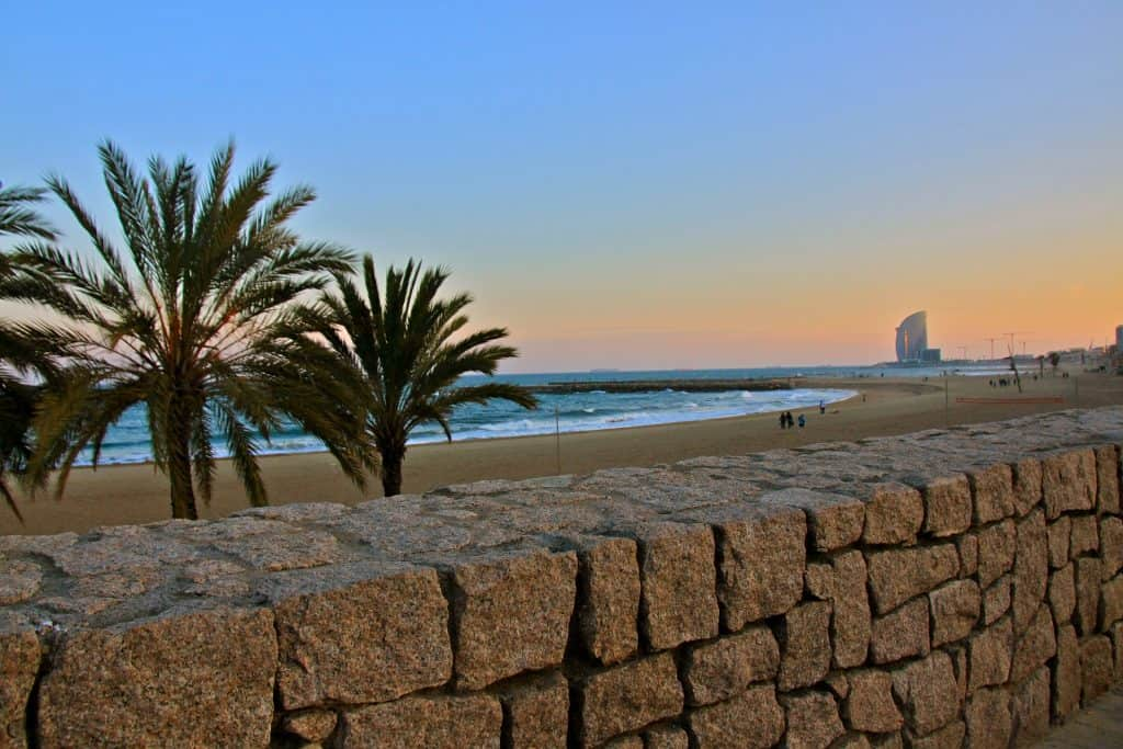 Der Stadtstrand von Barcelona ist einer der schönsten der Welt