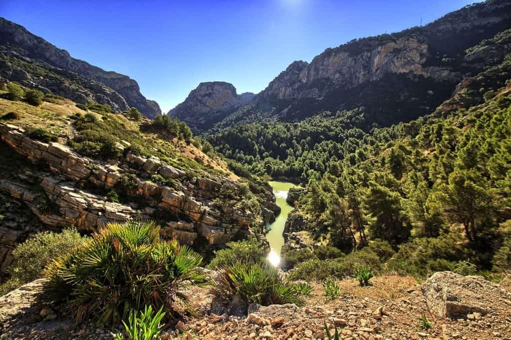 Eine wunderschöne Natur lädt vorallem für wanderer ein