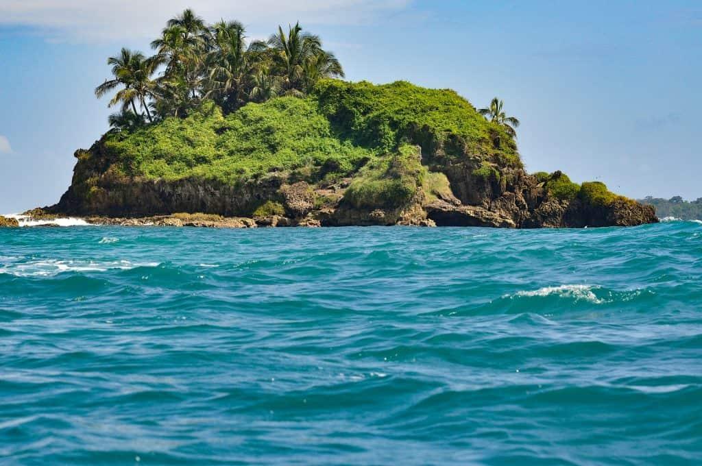 Es gibt tausende Inseln in dem Land