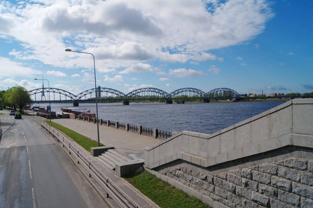 Ich empfehle jedem der länger als eine Woche bleibt einen Rigapass und Rundfahrten auf den Kanälen der Stadt