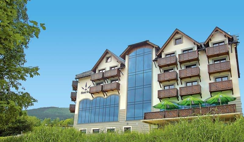 Kurhotel Bad Flinsberg von vorne