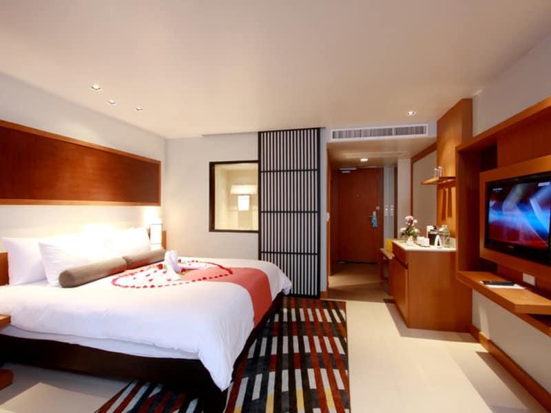 Schlafzimmer des Hotels am Patong Beach