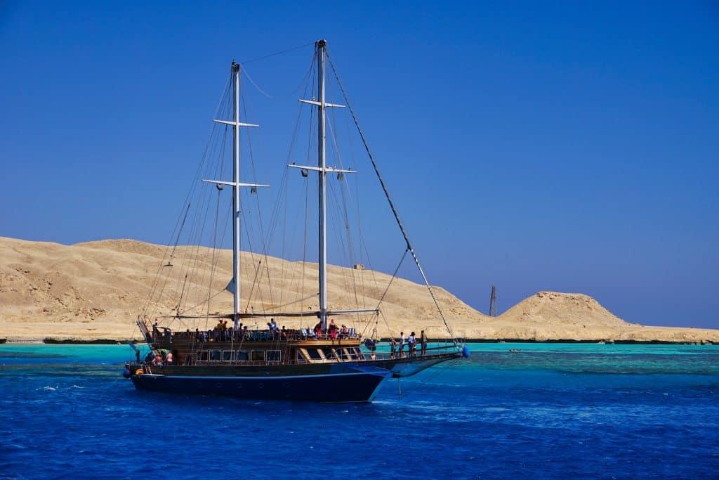 Segeln im roten Meer - nicht nur zum Schnorcheln rausfahren