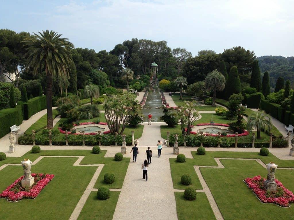 Villa Rothschild im Zentrum der Stadt - einer der beliebtesten Sehenswürdigkeiten