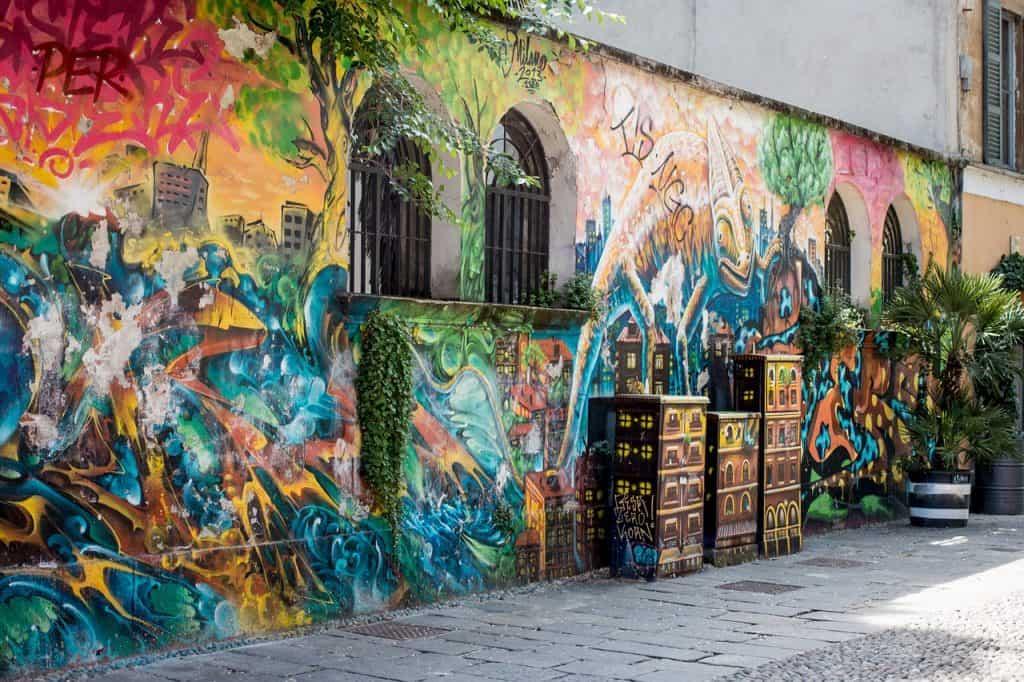 Graffiti die Seitenstraßen sind voller überraschungen