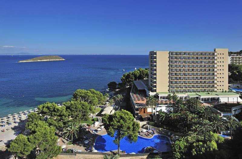 Die neue Hotelanlage mit direkter Strandlage