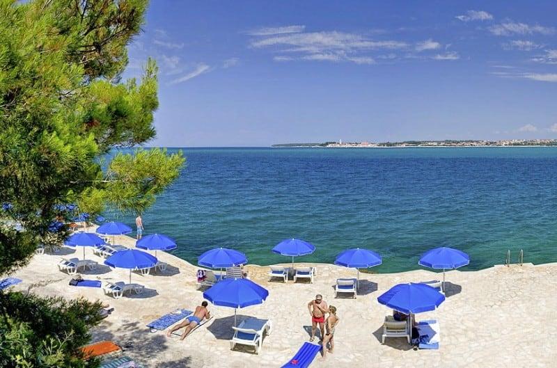 Direkte Strandlage bietet das Resort