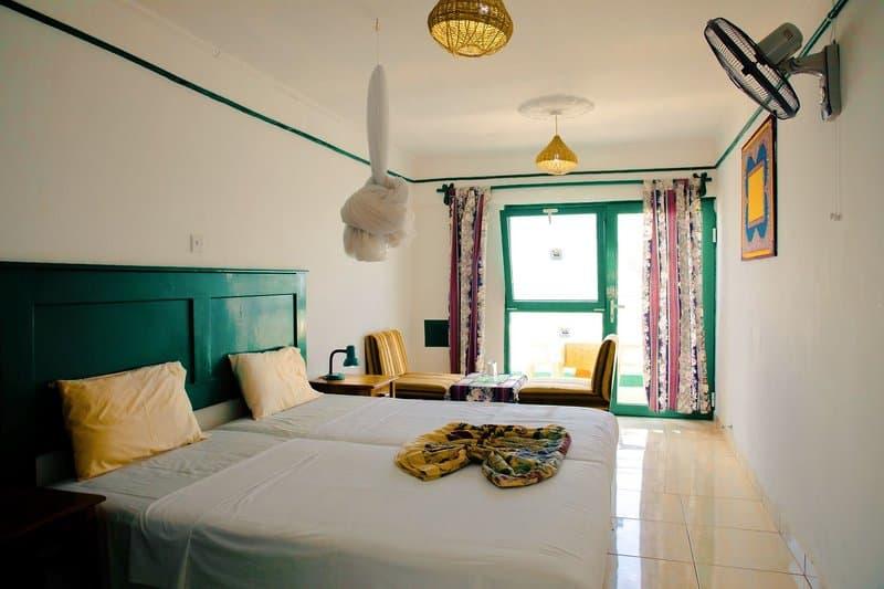 Doppelzimmer im drei Sterne Hotel an der Westküste Afrikas