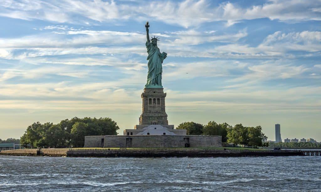 Ellis Island & Freiheitsstatue auf einer Tour erkunden