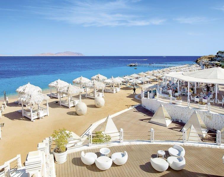 Feiner Sandstrand flachabfallend am Shark Bay - 5 Sterne Luxus Hotel