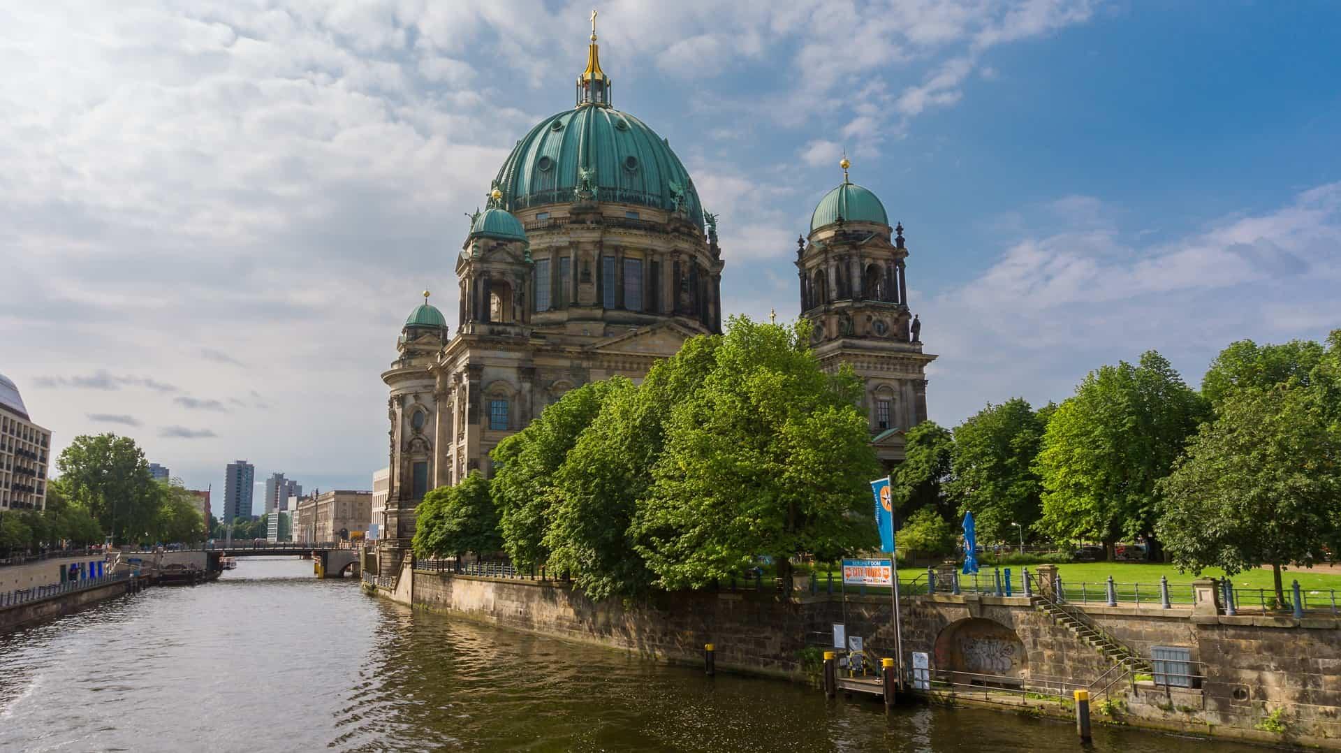 Flug von Luxemburg nach Berlin - ab 34,81€ Hin & Zurück