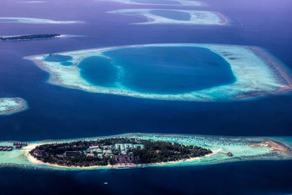 Flugzeit auf die Inselgruppen nur 10,5h