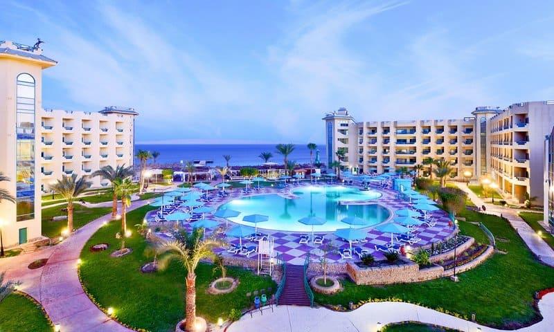 Hotelanlage vom günstigen 4 Sterne Hotel im Ferienort in Ägypten