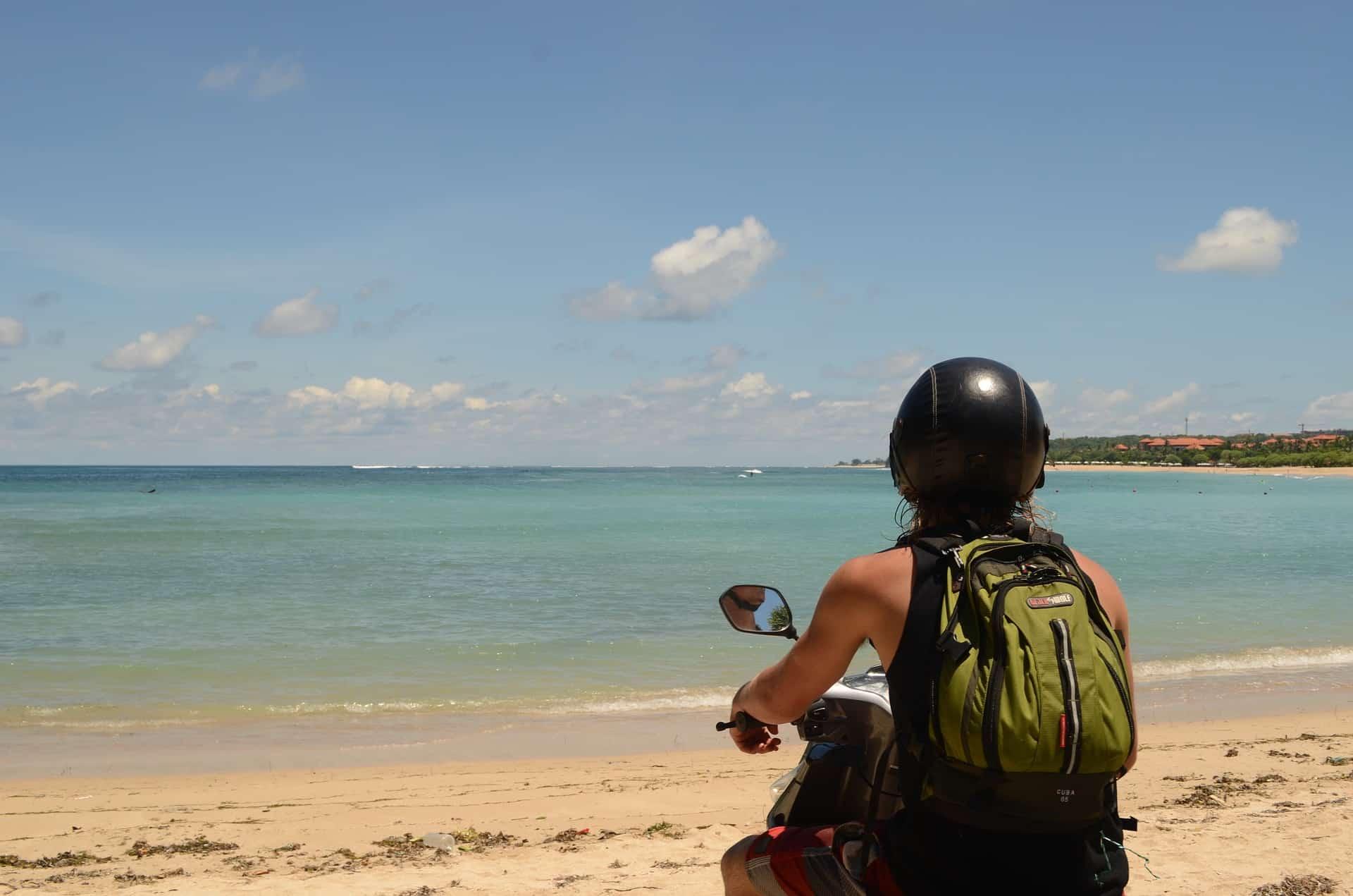 Last Minute Pauschalreise nach Bali oder eher als Backpacker