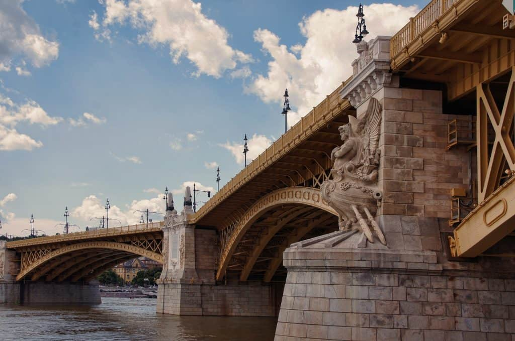 Margaret Brücke das wahrzeichen der Donau Metropole