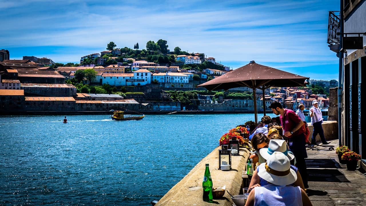 Flug Nach Porto