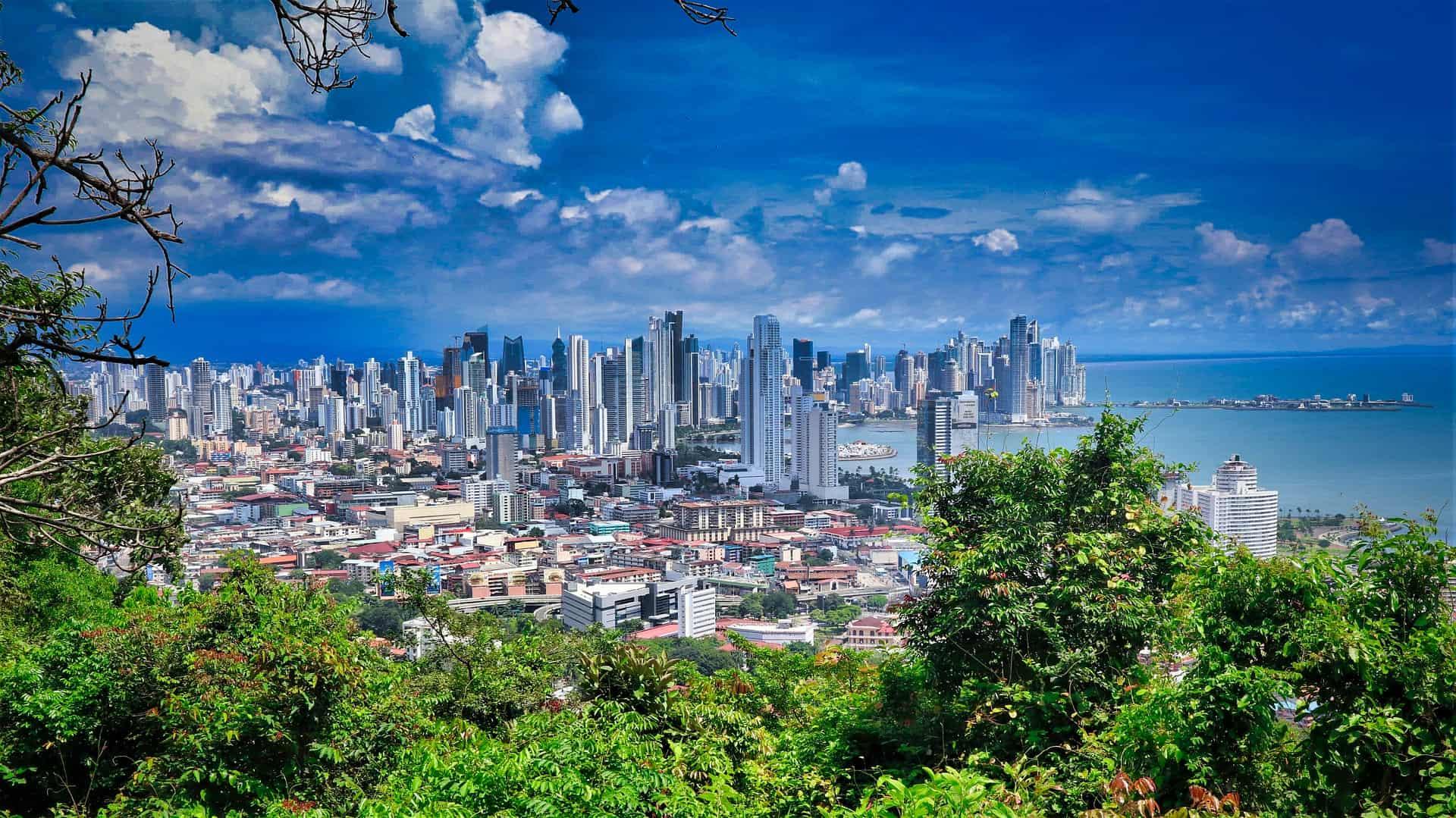 Panama City eine Metropole zwischen dem Dschungel und Pazifischen Ozean