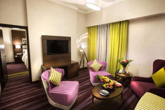 Wohnraum vom Hotelzimmer